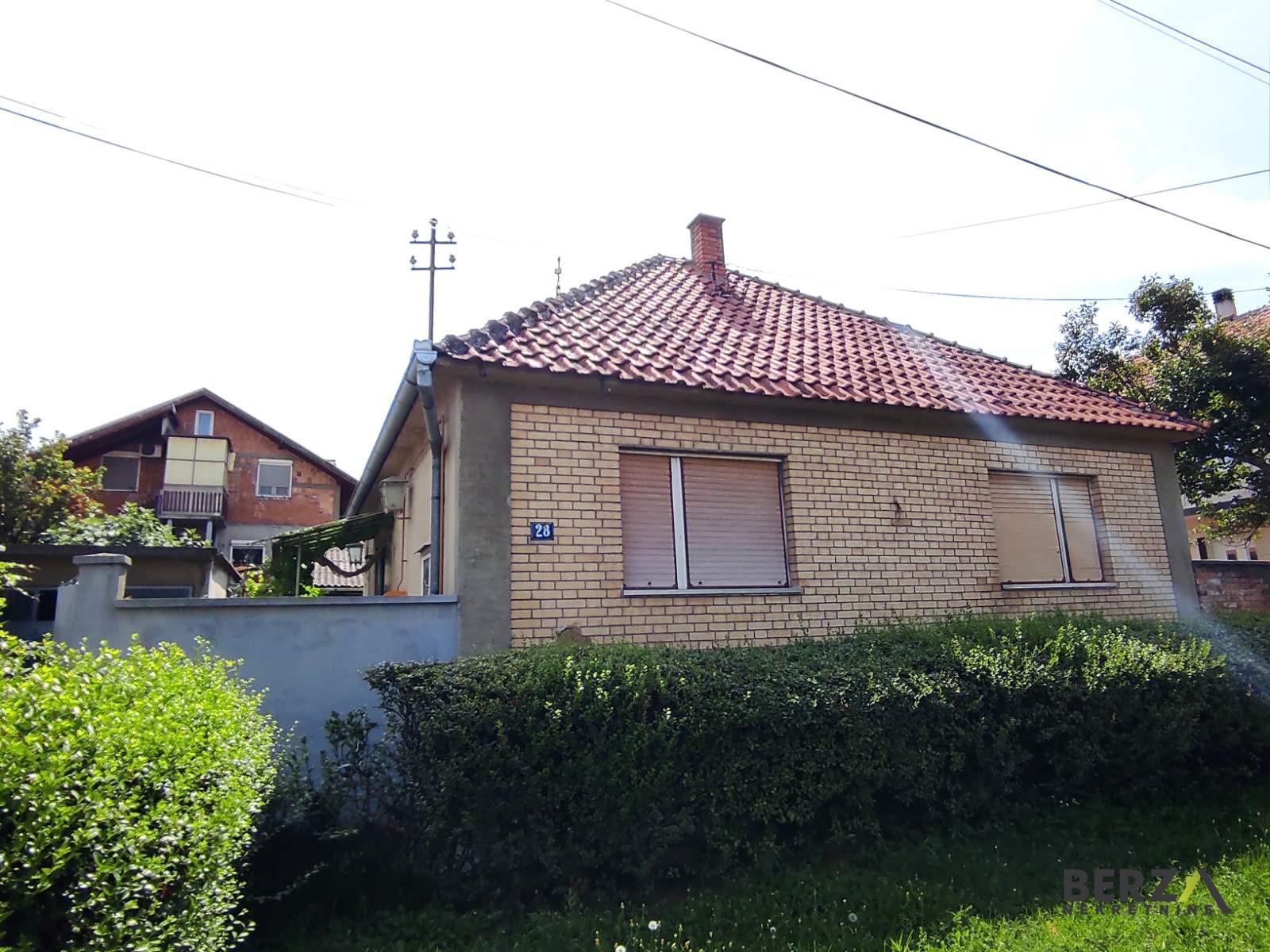 kuća - SREMSKI KARLOVCI - SREMSKI KARLOVCI - 3000132